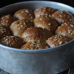 Homemade Rolls for Novice Bakers