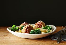 A42044fe 2566 4a1f 88ed 9817c088243f  chicken sausage meatball broccoli pasta bowl food52 mark weinberg 14 11 21 0305