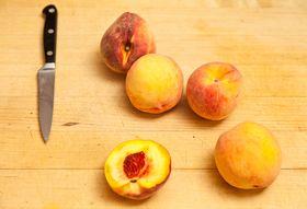 Befe5f18 881b 46de 8e3c 60e691e82836  2011 0823 fresh peach tartlets 4740