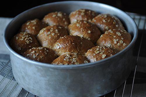 Heavenly Oatmeal-Molasses Rolls