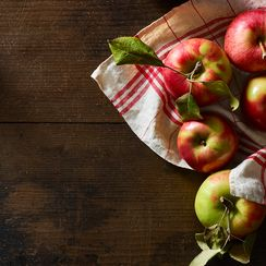 5 Dishes That'll Make You Want to Go Apple Picking, Right This Second
