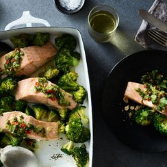 Garlicky Salmon with Ginger, Lime & Peanuts