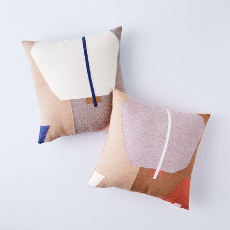 Julie Pillow