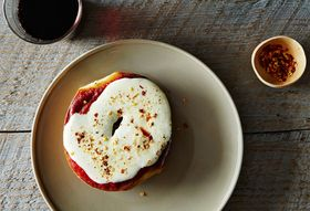 Pizza Bagels are Back—For Lunch!