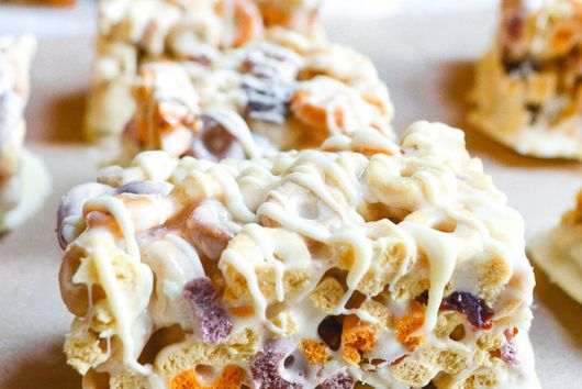 Fruit and Nut Cereal Bar
