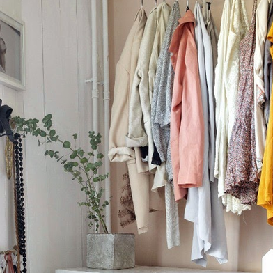 6 Tips to Tackle Cleaning Your Closet