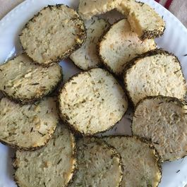 Pesto crackers by Debby