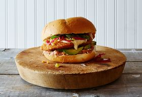 141e05b9-ddb2-44a8-b636-3ba476f82571--2015-0706_chicken-tortas-without-a-recipe_james-ransom-084