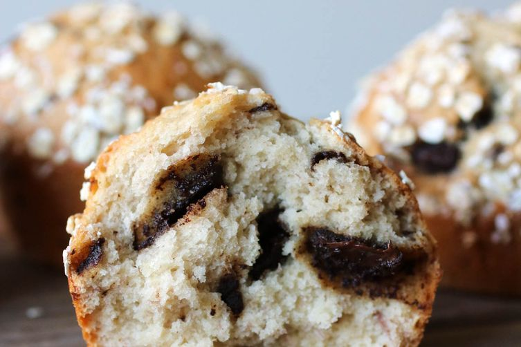 1 BOWL CHOCOLATE CHIP BANANA MUFFINS
