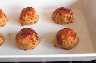0bddf8f0 3704 4a6e b998 3431422ae098  chicken meatballs