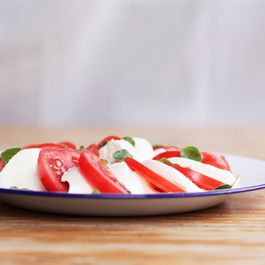 A5b1c22e-fee7-47b8-89be-10cb59596873--caprese_food52_img_3084_753