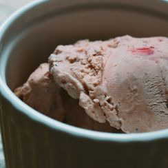 Grilled Strawberry & Balsamic Ice Cream