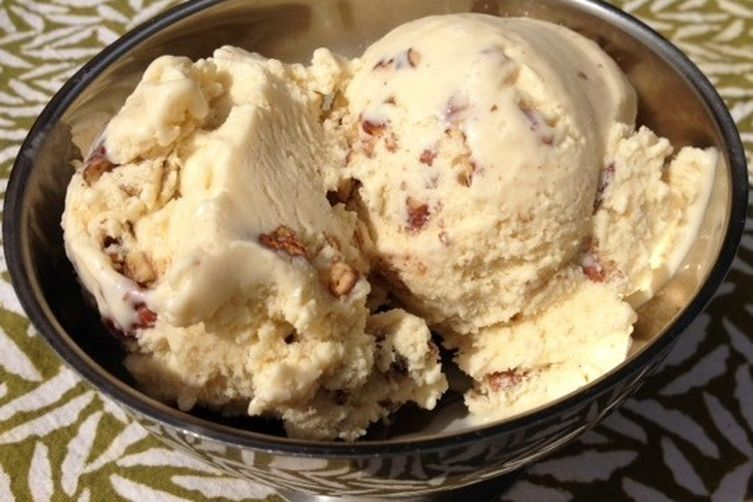 Toasted Pecan Maple Ice Cream