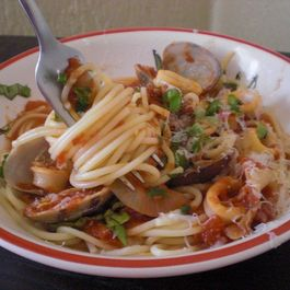 "Spaghettini with Clams and ""Rings"""