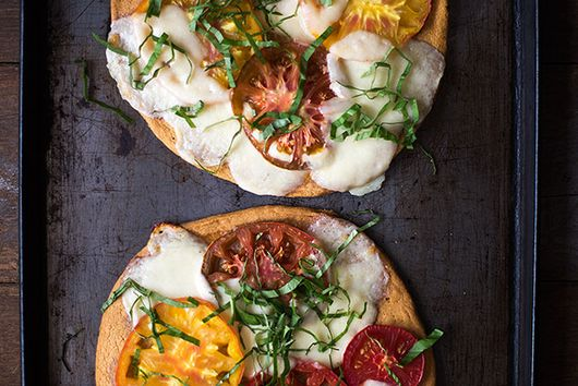 Grain Free Heirloom Tomato Pizza Margherita