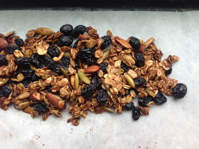 Sad, inedible granola. Just say no to unsoaked raisins!