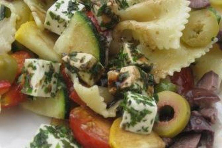 Mediterranean Country Pasta Salad with fresh Herbs