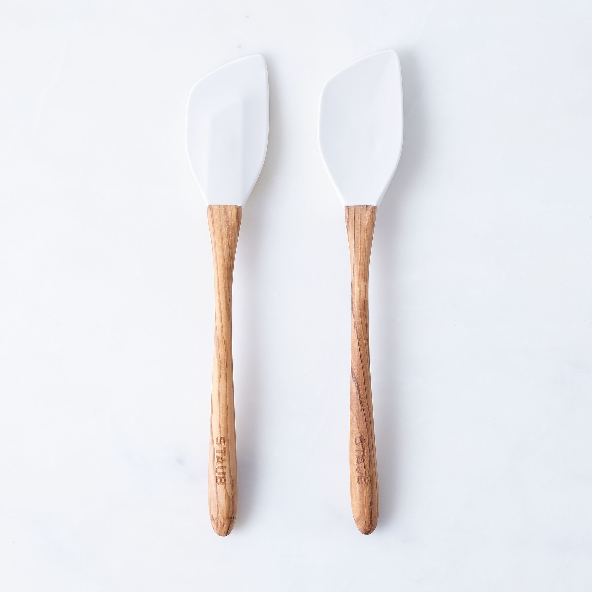E932be1c c6c7 43af 9311 c7c075317070  2016 0909 zwilling staub olive wood silicone spoon and spatula set white silo rocky luten 102