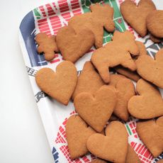 Swedish Gingersnap Cookies (Pepparkakor)