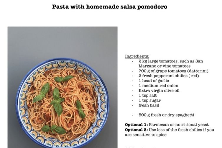 Pasta with homemade salsa pomodoro