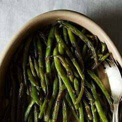 The Easy-Peasy-Green Beany Recipe You Can't Stop Raving About