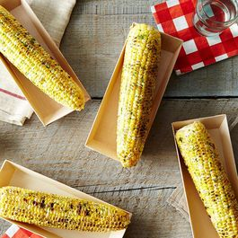 07ae1771 fffd 411c 81bc 3e7a7386ab8c  2014 0806 verterra compostable wooden corn on the cob tray carousel 013 1