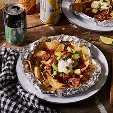 Grilled Foil-Pack Chicken Nachos