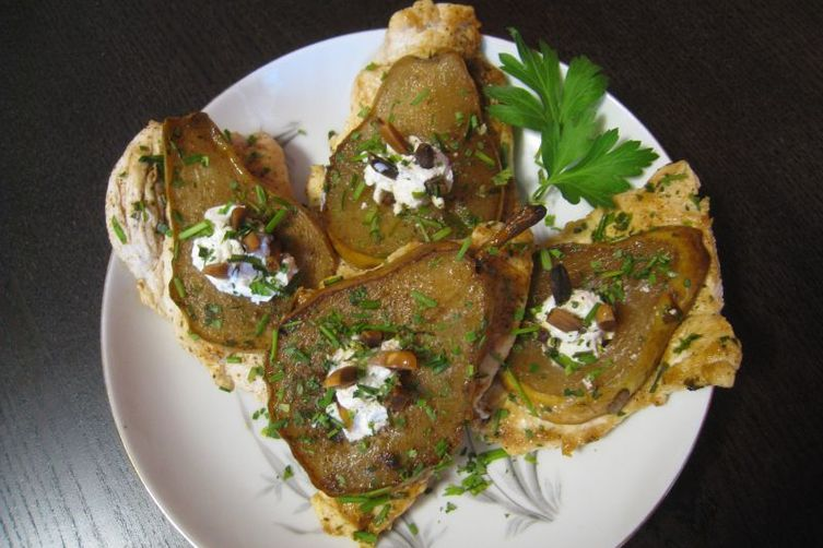 Chicken Paillards with Marinated Pear, Goat Cheese and Almond Slivers