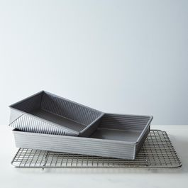 USA Cake Pan Set with Heavy Duty Stainless Steel Cooling Rack