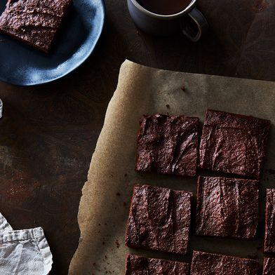 Dark Chocolate Brownies with Medjool Dates and Almond Butter