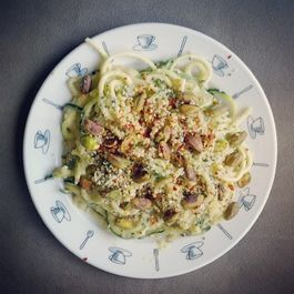 Vegan Hacks: Cauliflower 'Alfredo' Sauce over Spiralized zucchini 'noodles'