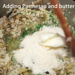 4505b649-a285-4e08-acb9-f7bda6a72337--risotto_6_adding_parmesan_and_butter