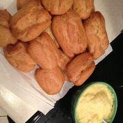 6e16b491 5646 4c2e 978a 56d27503854b  62698 no pastry bag filling eclairs
