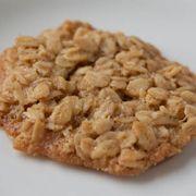 76789e90 f715 496e b231 318c943a85f2  oatmeal lace cookie close up 1 of 1