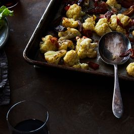 05d9621c dd78 420a b207 ba79e5bcf7a2  2017 0328 roasted cauliflower prosciutto dates james ransom 121