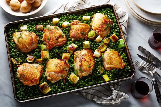 Nigella Lawson's Genius Sheet-Pan Chicken Is As Unfussy (and Delicious) As Promised