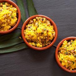 Brazilian Onion and Garlic Rice with Black-Eyed Peas