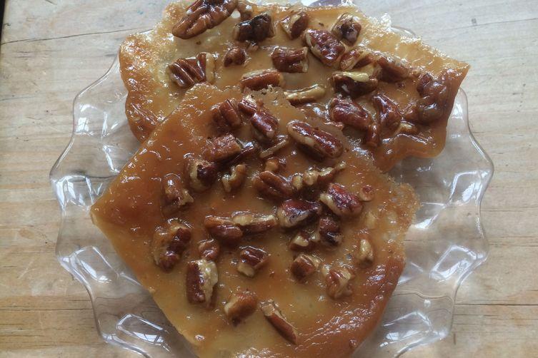 Aunt Mamie's Pecan Lace Cookies