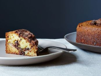 This Simple Step Helps Your Cakes Bake More Evenly