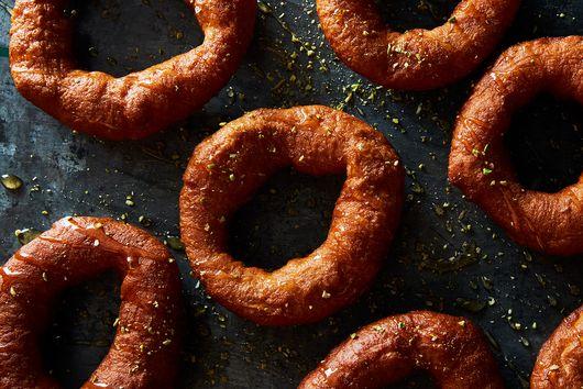 Sfenj (Moroccan Doughnuts)