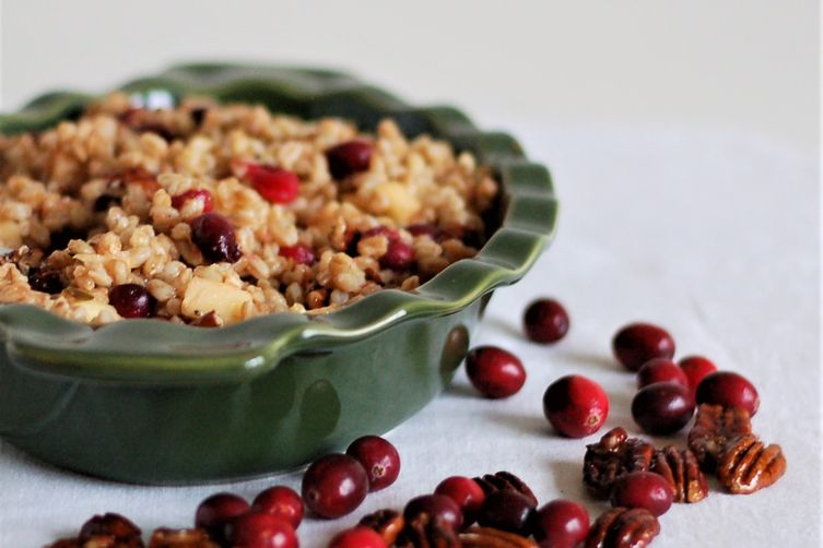 Sweet & Tart Cranberry Farro Salad