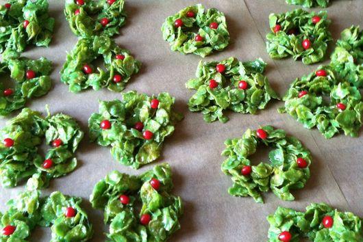 Annette's Corn Flake Marshmallow Wreaths
