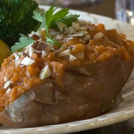 581e8d83 0111 4204 81f2 e72382f82018  pear stuffed sweet potatoes