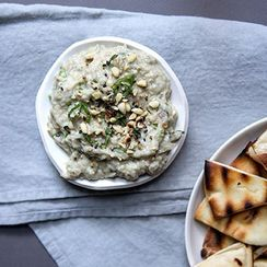 12 Dips That Make Vegetables the MVP