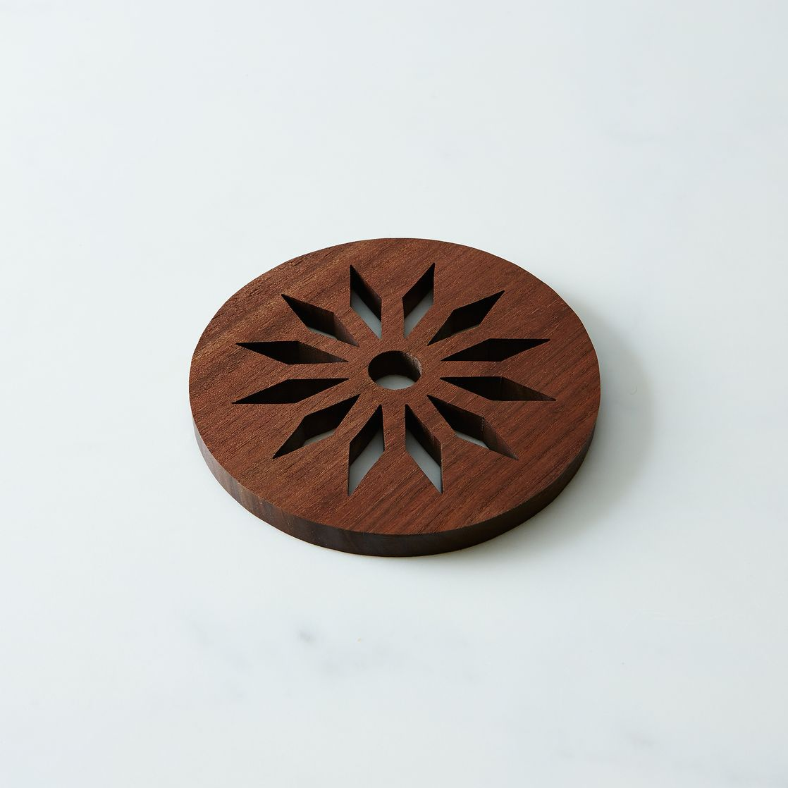 midcentury modern star trivet on food - midcentury modern star trivet