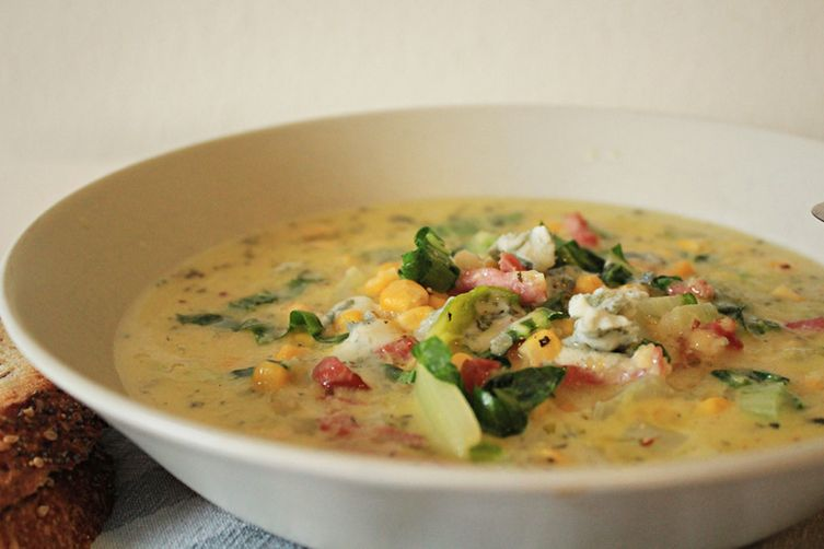 Heart-warming corn soup, with polenta, bacon, chards and gorgonzola