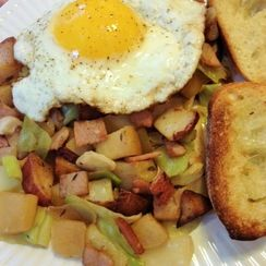 Cabbage & Canadian Bacon Hash with Apples