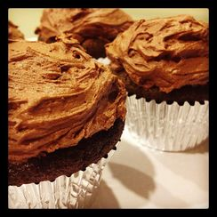 MaLa Cupcakes (Chocolate and Sichuan Peppercorn Cupcakes)