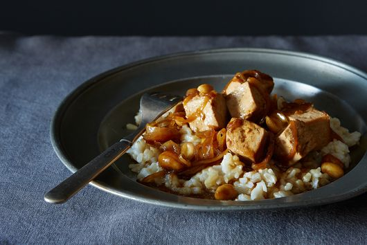 A Weeknight Tofu Peanut Stir-Fry (+ Tomorrow's Lunch)