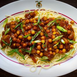 Spicy Chickpea and Sour Tomato Curry with Pasta